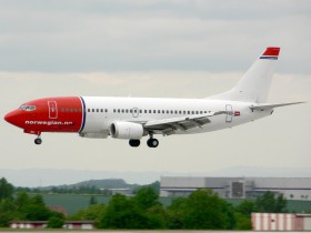 B737-3L9 / LN-KKU / Norwegian Air Shuttle ( NAX / DY ) / Prague - Ruzyne ( PRG / LKPR )