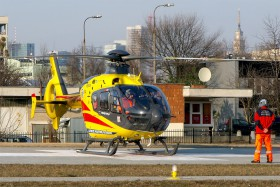 civil-sp-hxk-polish-medical-air-rescue-mimo-letiste