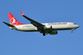 B737-8F2 / TC-JHM / Turkish Airlines ( THY / TK ) / Prague - Ruzyne ( PRG / LKPR )