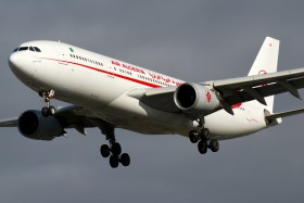 a330-200-7t-vjw-air-algerie-londyn-heathrow