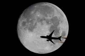 Moonstriky